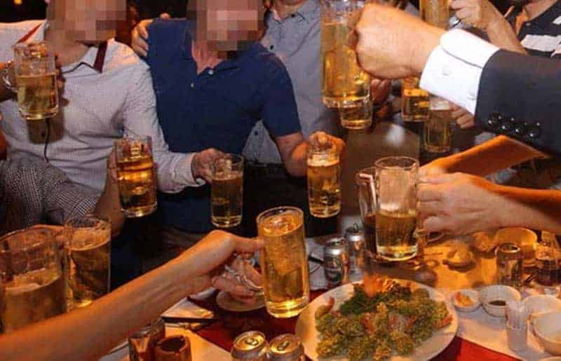 Sử dụng rượu bia gây hại cho sức khỏe