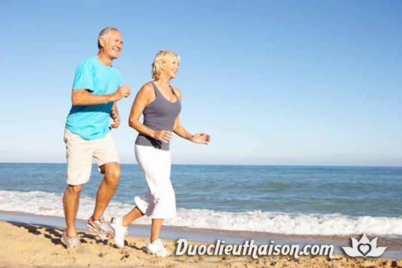 Sử dụng tỏi đen hỗ trợ hồi phục sức khỏe nhanh hơn