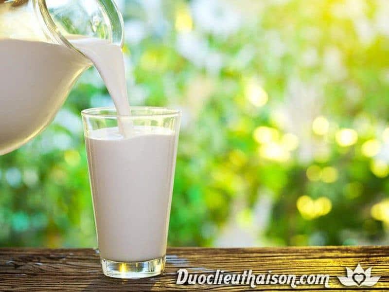 Theo như nghiên cứu thì tế bào u xơ tử cung có thể được khống chế kích thước nhờ Canxi trong sữa tươi